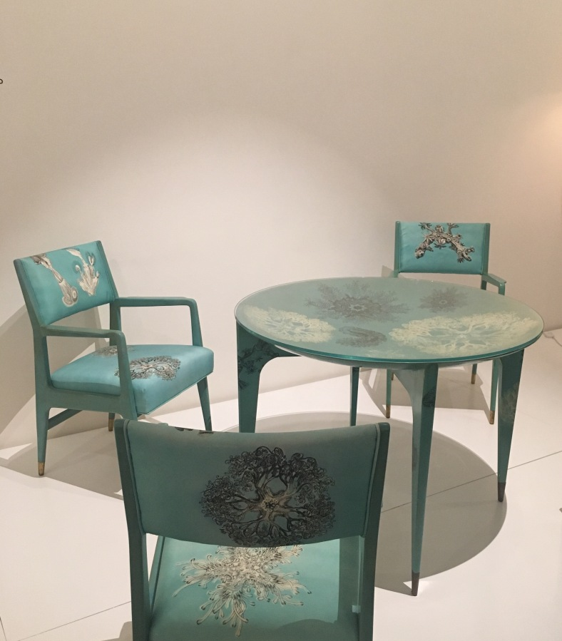Madrepore Dining Table And Chairs